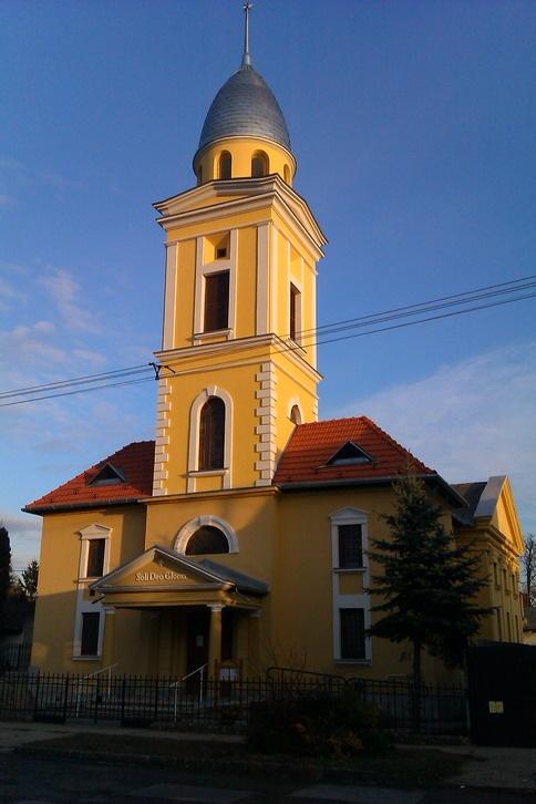 pestujhelyi-ref-templom